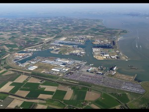 Zeeland Seaports increases accuracy with eCopy ShareScan
