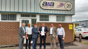 A&A Business Supplies sign a new three-year contract with Spicers
