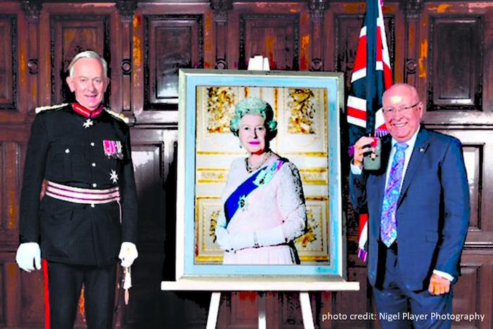 Tom Kelly (r) Lord-Lieutenant of Cheshire, David Briggs MBD (l)